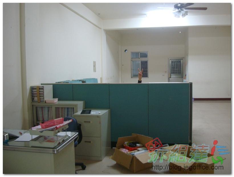 辦公家具-二手辦公屏風